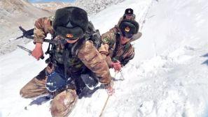 致敬!在风雪边关,读懂中国边防军人