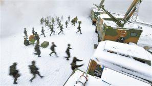 速围观!火箭军官兵野战机动演练掠影