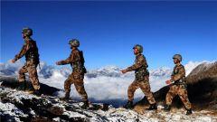 边关情:穿行在云端与深谷的守卫者