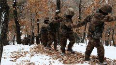 第80集团军:千里机动斗严寒,这群特种兵够拼够硬