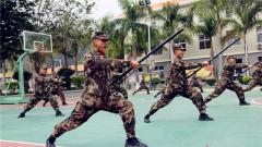 快来围观:武警执勤哨兵练成记
