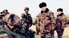 【现场图】习近平视察中部战区陆军某师