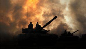 热潮掀起!大漠戈壁上演各兵种军事训练