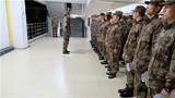 值班干部讲评。并鼓励大家以大队长指示作牵引,提升自己的综合素质,为以后任职打下坚实基础。