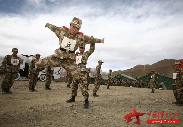 西藏军区某旅首次在高海拔地区野战过冬