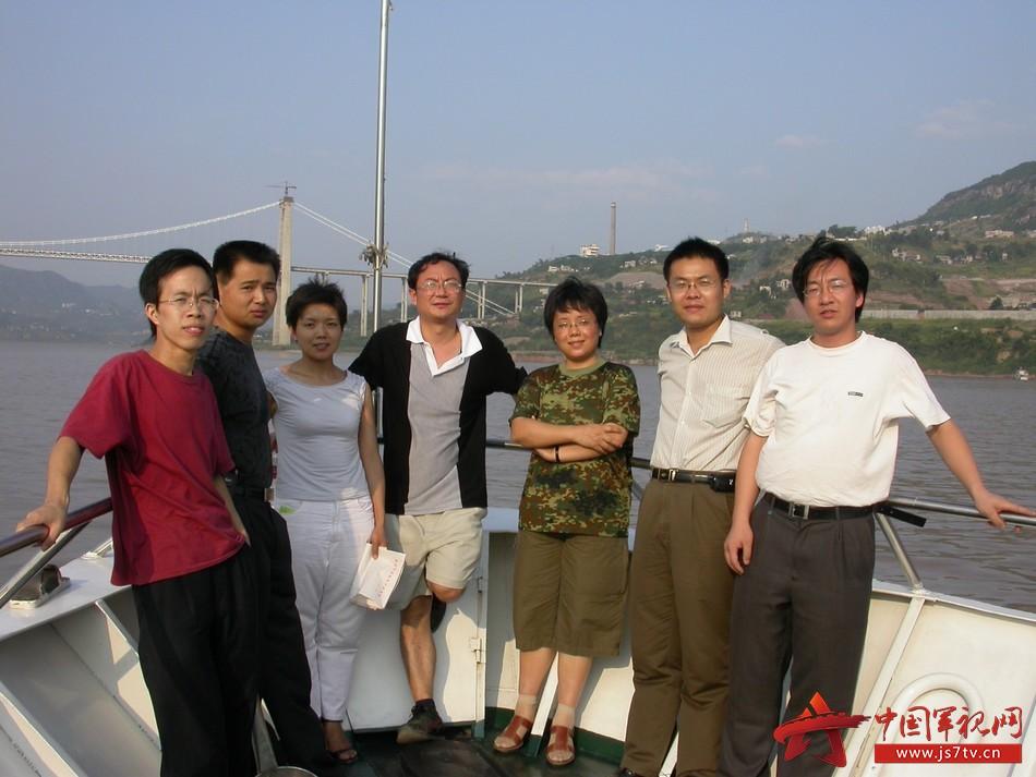 4-团队成员当年在重庆寸滩采样