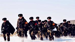 节日不减练兵热:武警阿勒泰支队练兵忙