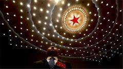 全国35个选举单位选出2980名十三届全国人大代表