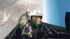 看实力派飞行教官如何应对高难度挑战