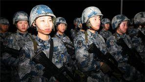 空降兵战备日强化训练全镜头:披星戴月急行军