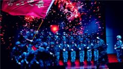 奏响起新时代的强军之音:一曲红歌催奋进
