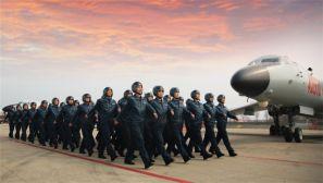 """神勇亮剑空天!空军""""神威""""大队加快提升战略进攻能力"""