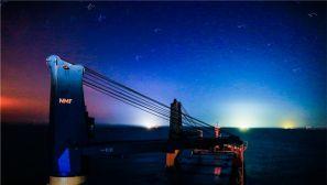 火箭运输船在海上的奇妙玄幻夜