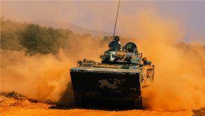 沙与海的碰撞,海军陆战队装甲突击震撼来袭