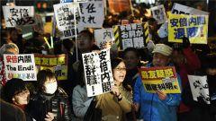 日本3万民众集会 要求安倍下台