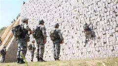 侦察兵高强度综合演练 锤炼实战能力
