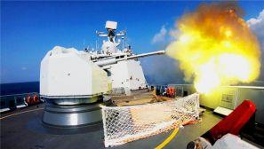 直击海军第二十八批护航编队对空应用射击训练