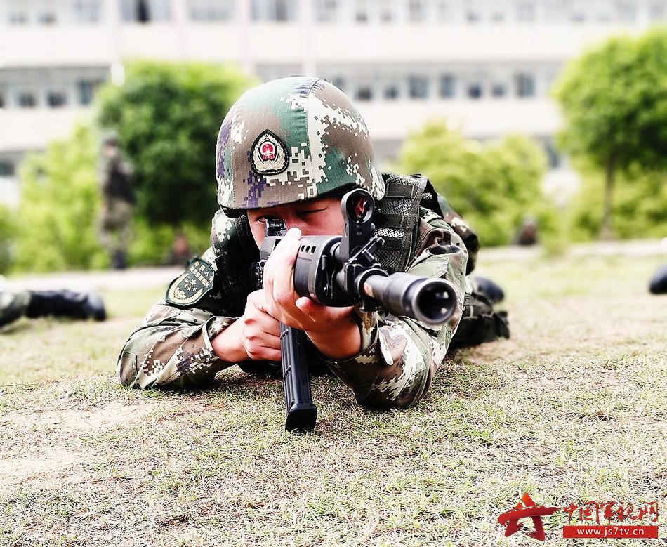 武警新训练大纲_据了解,此次训练坚持以新《军事训练大纲》为依据,按照\
