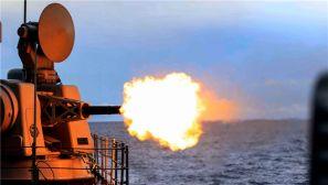高清:第29批护航编队实际使用武器训练