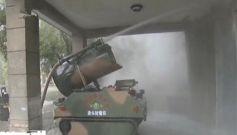 火箭军某部举行生化应急救援演练 锤炼官兵处突能力