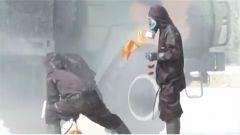 火箭军某部开展生化应急救援演练