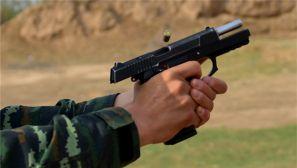 让子弹飞一会!武警忻州支队强化提升特战官兵射击能力