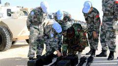 """张国安:中国赴黎维和部队的装备""""守护神"""""""