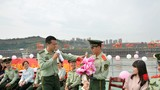 """为军绿色的爱搭起""""鹊桥"""":与爱同行 相约军营"""