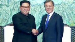 真的要变天了?韩国警方阻拦反朝传单