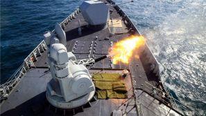 图集:霸气!驱护舰编队鏖战海疆