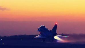 图集:实战演练 下半夜飞行是啥感觉?