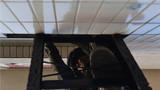5月8日,武警山西总队忻州支队以驻地居民楼和学校发生劫持人质事件为背景组织特战队员进行模拟城市反恐作战演练,在复合式条件下锤炼官兵打赢能力,锻造反恐精兵。