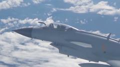 空军某部航空兵用行动演绎《平凡之路》
