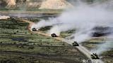 无缝对接战场!新疆军区某装甲团组织实战化战备拉动演练