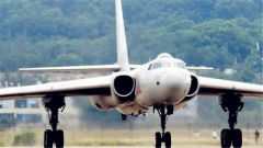海军轰油6为两架歼10同时加油画面曝光