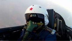 海军航空兵组织多兵种实兵对抗演练