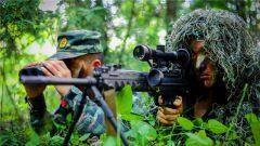 """战场上的""""狩猎者"""":吕梁武警狙击手丛林集训"""