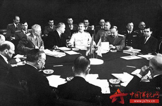 日本向中國投降時間_日本什么時候宣布投降_波茨坦會議助推日本投降