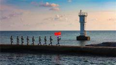 一名水兵拍的照片竟惊艳无数战友