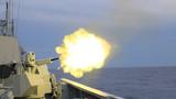 泸州舰副炮对空射击。蔡盛秋 摄