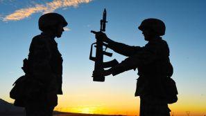 士兵剪影,定格鏖战大漠的最美记忆