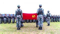 陆军各部队官兵:缅怀抗战先烈 矢志强军兴军