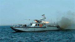 美国实施制裁前夕 伊朗举行大规模军演