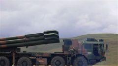 海拔4500米 火箭炮首次超射程极远实弹射击