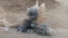 西北戈壁  炮兵部队检验直瞄射击