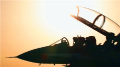 中国空军发布赴俄罗斯飞行表演宣传片《和平飞舞》