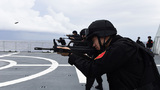 中国海军第三十批护航编队组织实弹射击训练