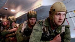 """俄军事打击""""手术刀""""空降兵部队多重要"""
