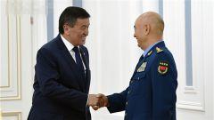 吉尔吉斯斯坦总统热恩别科夫会见许其亮