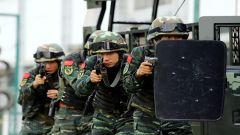 广西南宁:武警特战队员开展实战化演练